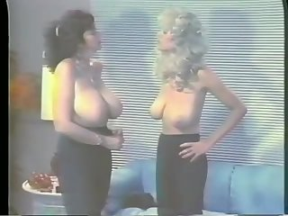 Big boobs oldie catfight