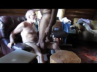 Bearded white daddy sucks my big black cock gbmblownesv01