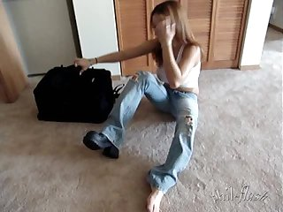 Nikki sims jeans and no panties topless rare