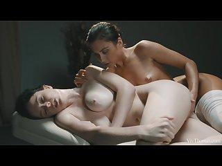 VivThomas Full Body Massage - Deep Oily Massage
