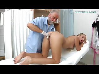 Girls visits her doctor for gyno exam pissing in a gynecological chair