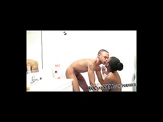 Ebony amateurs fuck in bathroom