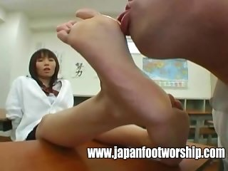 Foot fetish sucking japanese high school girl pretty toes