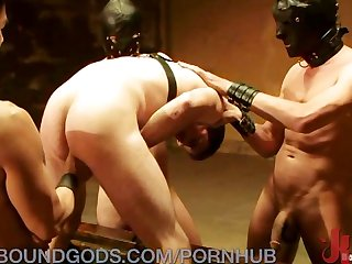 Master served by his gimps