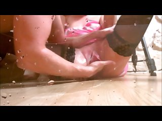 Fantastic huge squirting orgasm full of liquid by truu squirt queen
