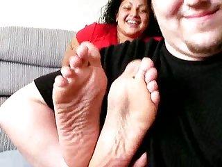 Vita wrinkled soles tickled