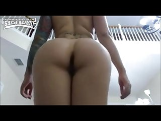 White girl with long loud booty clap
