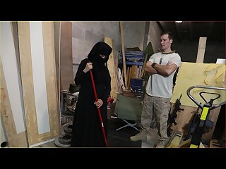 Tour of booty us soldier takes a liking to sexy Arab servant