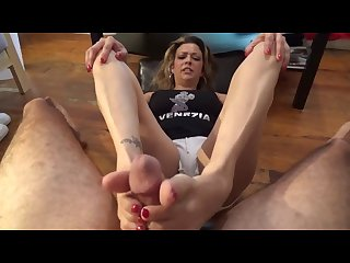 Footjob cum on goddess kitty feet
