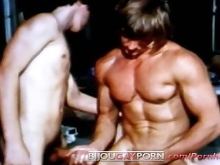 Muscular jim cassidy is wrestled and fucked 1971