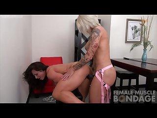 Lesbian Muscle women fbb strap on fuck
