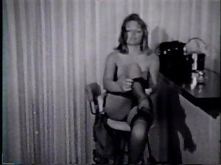 Lesbian peepshow loops 24 50s to 70s scene 4
