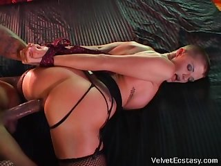 Hot joslyn james fucked and tied by a black cock get orgasms and squirt