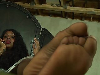Sexy ebony hosed soles on da phone 2