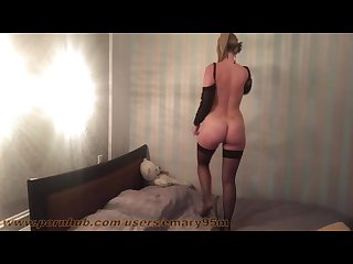 Amateur stunning tall blonde in bed masturbation with toy on homemade video