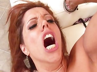 Francesca le hungry for black cock