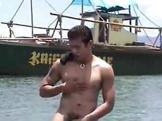 A straight filipino hot dog