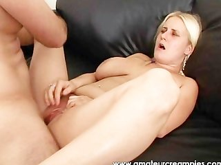 Blonde babe sucking cock and creampied her pussy