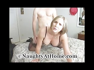 Mature wife fucks huge cock