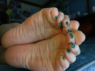 Stormy soles
