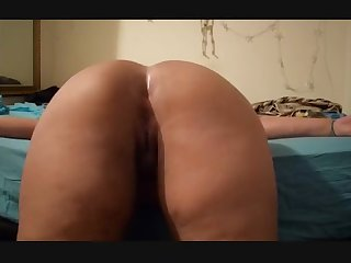 Beautiful bbw rice bunny phat ass twerking on bed