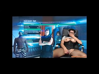 Gamer girl plays gtav with an ohmibod in her pussy
