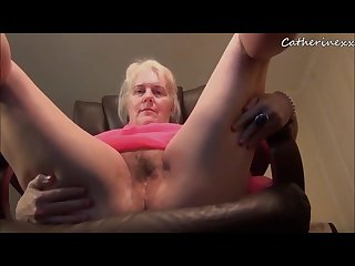 Mature woman farts