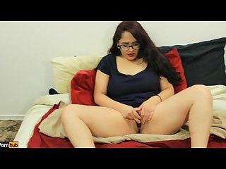 Quickie w daisy dabs 5 amateur latina plays with herself cummed on pov