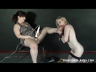 Lesbian feet licking and foot domination of lezdomme slavegirl satine spark