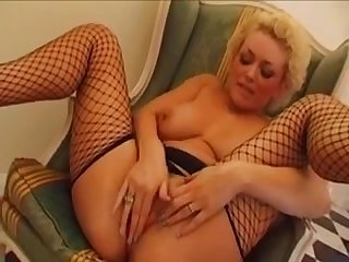 Blonde british slag Rebecca with the perm takes in the arse