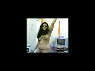 Pappathi indian brahmin whore full strip and arse show on webcam