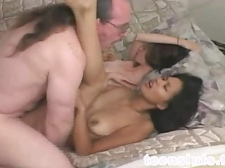 Old pervert fucks asian girl