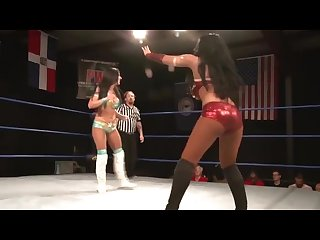 women Wrestling mandy leon vs santana garrett