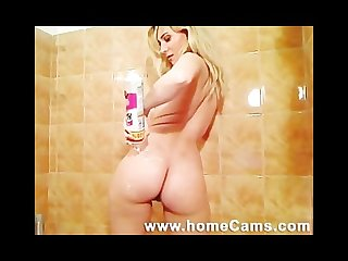 Amateur blonde with perfect ass dances and masturbates in shower