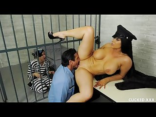 Romi rain S pathetic husband is in jail so she fucks the guard