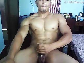 Nepal bodybuilder mcrai