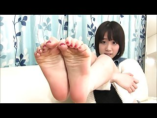 Rin tanba s red toenails and soles