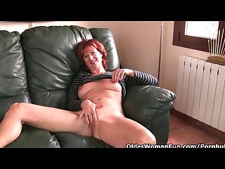 Redheaded soccer mom with hard nipples gets the finger treat