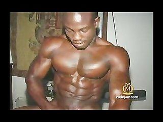 Dark muscled jamaican jackin