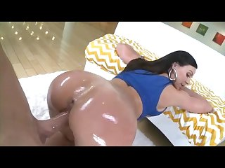 Kendra lust milf with perfect ass