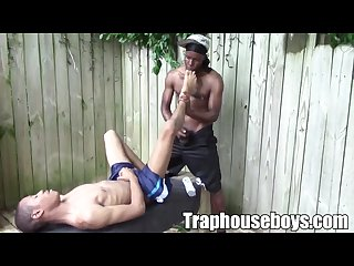 Blowjob and bareback on the traphouse