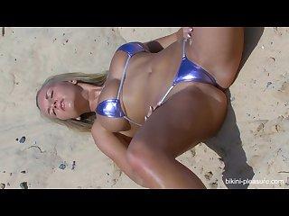 Chikita bikini part 1