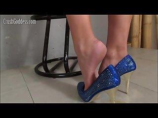 Blue higest heels Crush snail