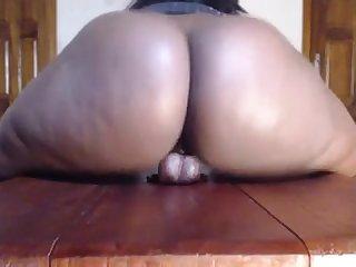 Big booty riding
