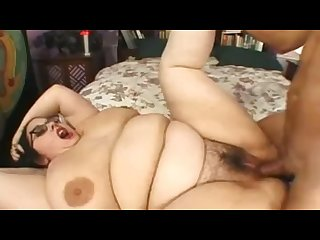 Nerdy goth with hairy pussy getting drilled