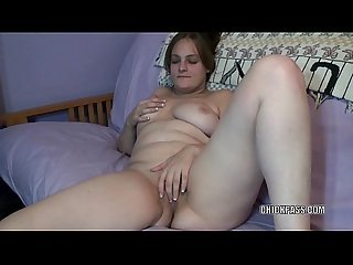 Amateur hottie danni is playing with her sweet twat