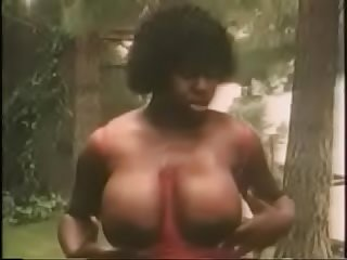 Xhamster com 3648369 vintage ladies showing their big boobs