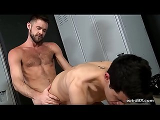 Two gays fuck in the locker room