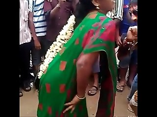 Andhra Sexy Girl Hor Romance On Road