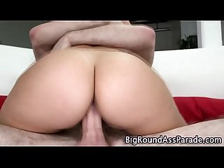 Round booty bounces as slut gets fucked